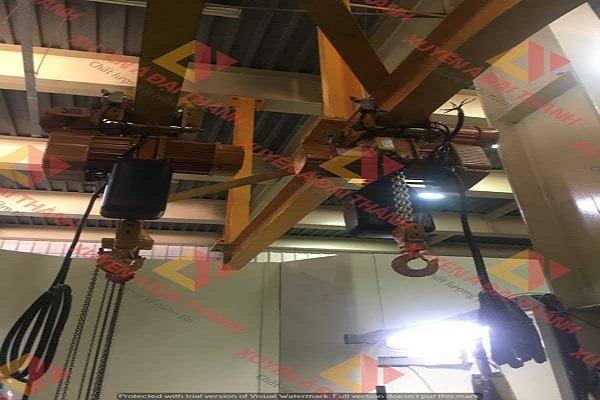 palang xích điện tại công trường